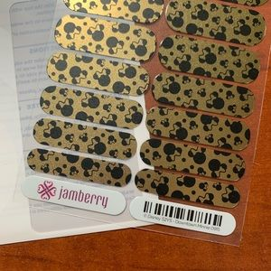 Jamberry DISNEY Downtown Minnie.  Full Sheet